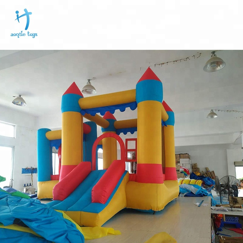 Commercial inflatable jumping castle bounce house for kids playing