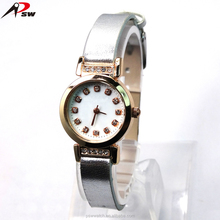 Lady fashion watches your logo custom watches for women