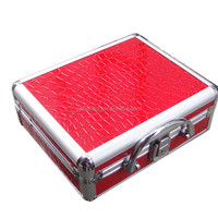 2017 Hot sale red fashion aluminum cosmetic case with a mirror inside
