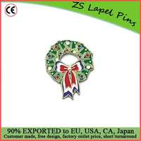 Custom quality holiday gift Christmas wreath lapel pin