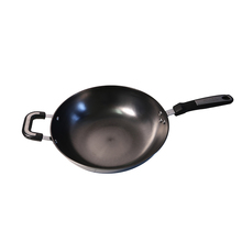 Chinese High Quality Uncoated Nonstick Wooden Handle <strong>Flat</strong> Bottom Cast Iron Wok