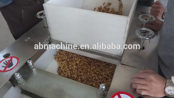 Shanghai Crunchy Granola Bars machine peanut candy bar making machine