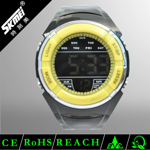 American famous outdoor brand silicone rubber sports bangle watch