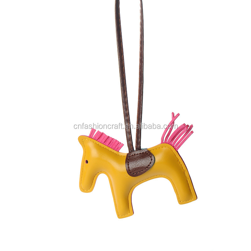 2018 Custom Animal Shaped Colorful Pu Horse Keychain