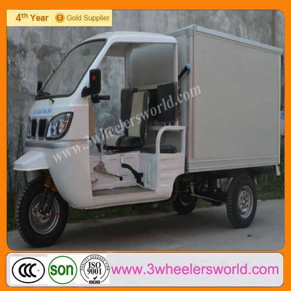 China Manufacturer Three Wheel Closed Driving Cab Motor Tricycle With Cargo Box
