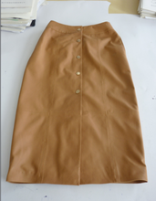 ladies genuine sheep leather skirt with button in front