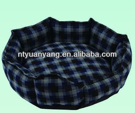 comfortable dog bed Soft 100% cotton filled warm and comfortable