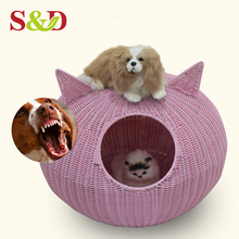 Handwoven good quality plastic rattan animal basket use for small cat and dogs house