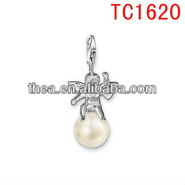 TC1620 Cute Angle sitting at the sweet diamond Pendants & Charms in cheap price