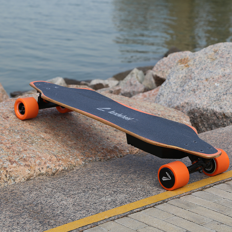 4 wheels hoverboard electric skate board boosted electric skateboard