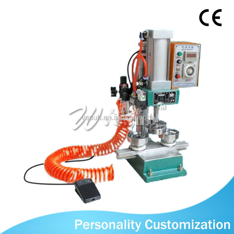 2017 hot sale Automatic badge making machine
