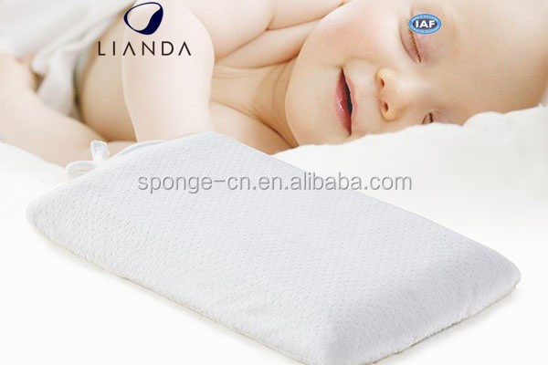 High Quality Comfotrable Waterproof Cover Memory Foam Infant Baby Cradle Bassinet Wedge Pillow Manufacturer