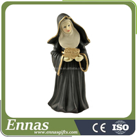 Polyresin religuous nun figurine for decoration