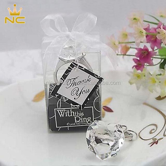 Wholesale Cheap Heart Diamond Ring Key Chain Wedding Thank You Gifts Indian Crystal Wedding Gifts For Guests
