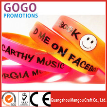 Best qulity high quality personalized silicone hand bands, professional product customized silicone rubber hand bands