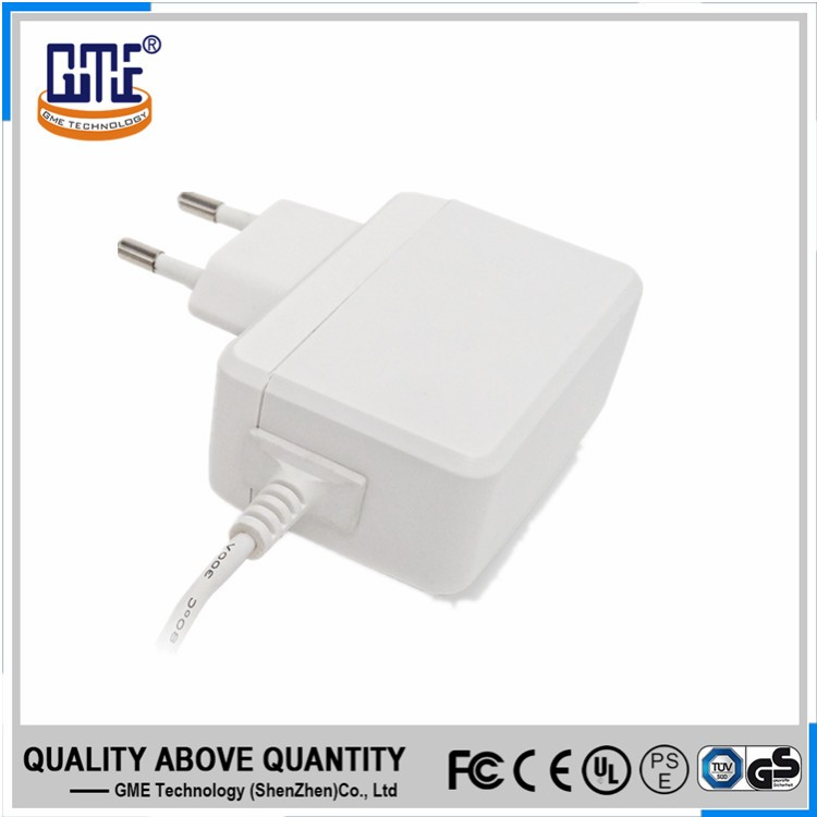 100-240v ac white EU plug portable 5v 2.5a dc USB wall charger with safety mark