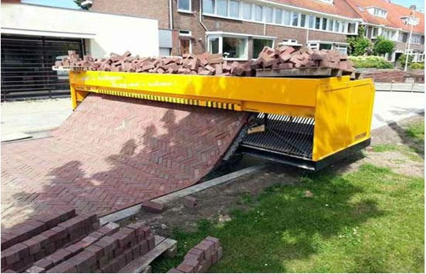 new design road brick paving machine