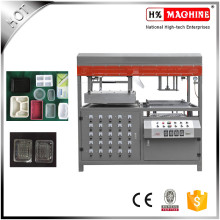 Fast Food Container Production Line / Plastic Blister Vacuum Forming Machine