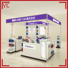 Korea style wooden perfume shop interior design