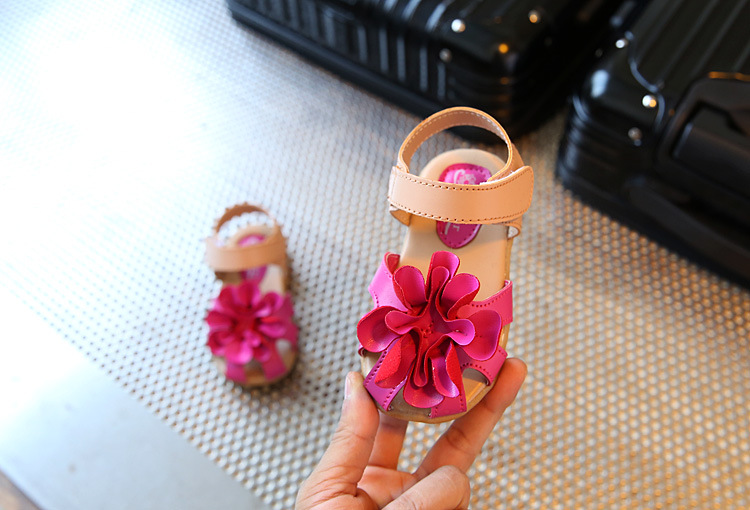 New 1 - 3 years old children's sandals girls decorated beef tendons soft underwear flowers shoes