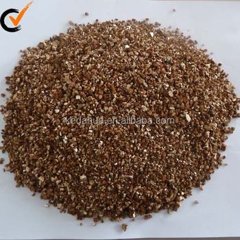 Golden expanded vermiculite