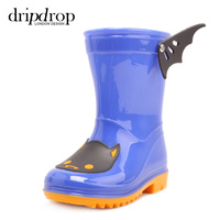 whole sale kids PVC rainboots with wing cute fashion transparant jelly children rain coat with rain boots