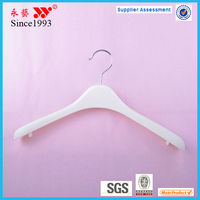 Hot sale white chrome silver hook plastic coat hanger