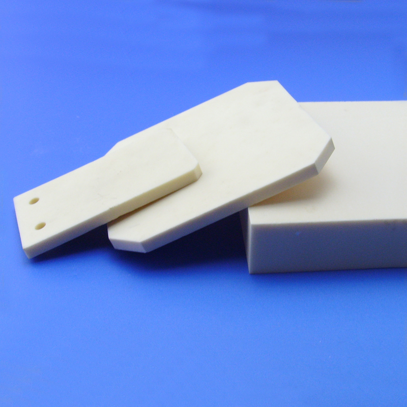 High temperature alumina ceramic refractory brick