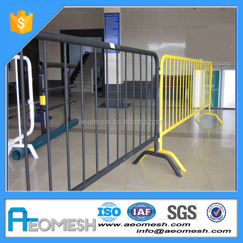 High quality driveway barrier / retractable safety barrier / road traffic barricade