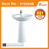Hot sale Bathroom Ceramic toilet and pedestal sink