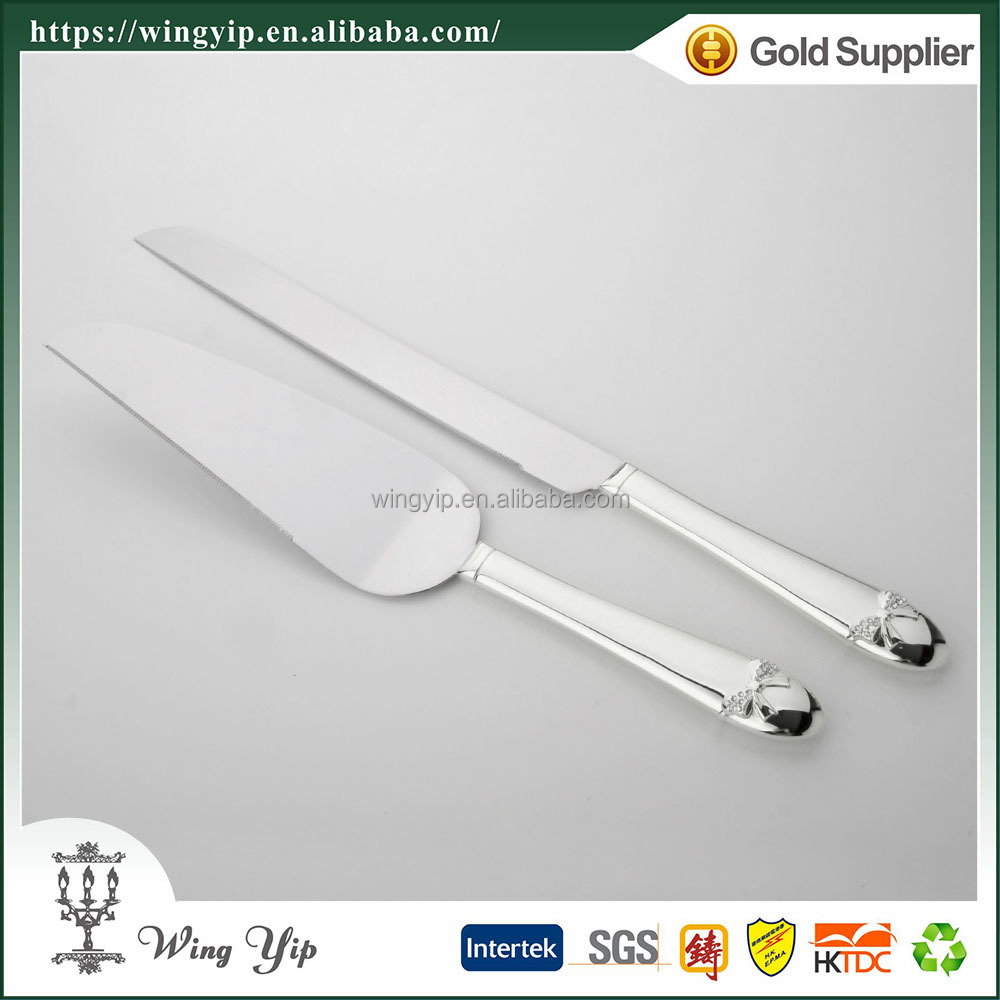Wholesales Tailor made Free sample Wedding giveaway gift with Crystal Silver Cake Server