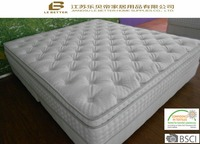 Bed mattress -spring pocket and memory foam