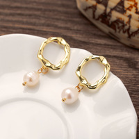 Fashion dangle pearl earring for women wholesale N81308