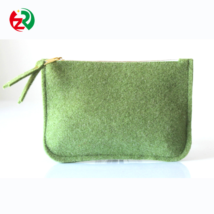 OEM well-designed protective credit card /bag /pouch, pure wool Christmas gift felt card holder