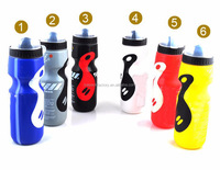 wholesale high quality hot plastic bottle 750ML PE bike sports bottle