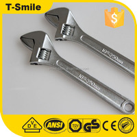 Cheap hands tools Universal spanner wrench