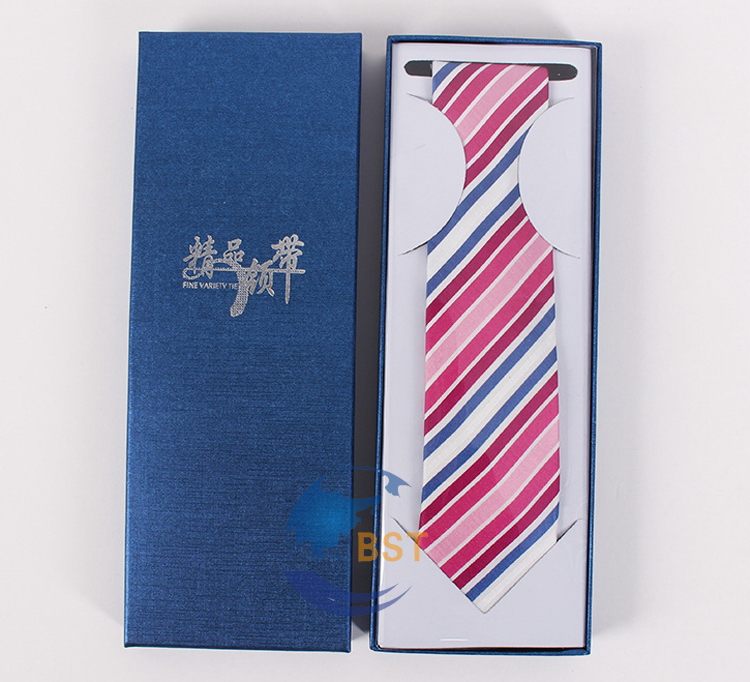 Design hot selling design blue paper clothes box