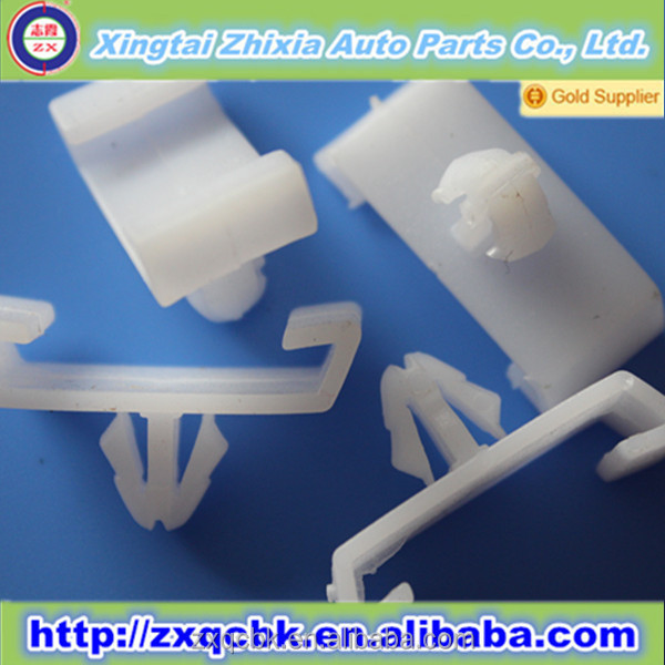 2014 High quality new style plastic nylon clip/nylon retaining clips/auto clips plastic