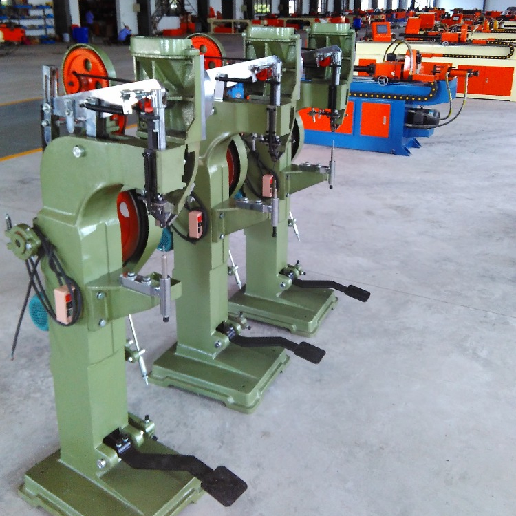 Semi-Automatic Tubular Rivet Machine