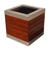 Wooden Welcome Planter for Garden Decoration