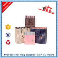 Manufacturer custom washable recycle popular hand kraft paper shopping bag with logo printing in low cost