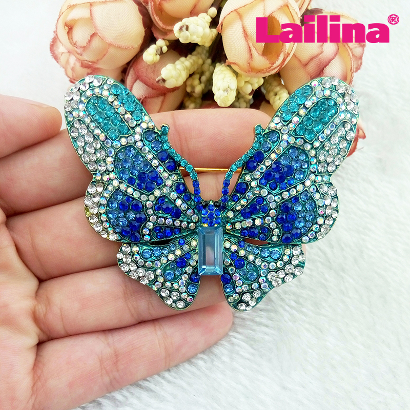 Vintage Gold-plated bling multicolor flying butterfly shape rhinestone brooch, animal brooch garment jewelry decoration