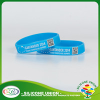 cheap custom silicone bracelets QR code rubber silicone bangle