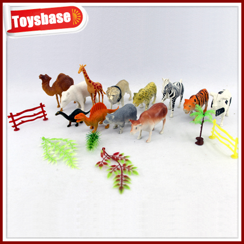 Small animals plastic toys birds