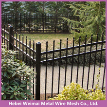 Black pvc coated ornamental wrought iron pipe rail fence