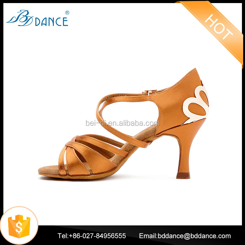 2017 New Style Women Latin Dance Shoes with High Quality Model 2383