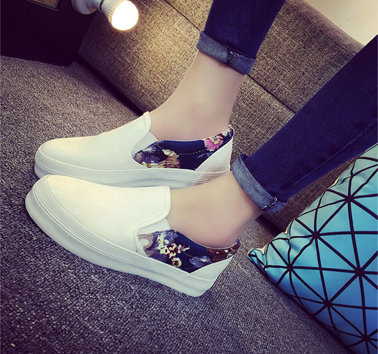 The new style summer Korean fashion street printed classic skid gentil ventilate slip on casual shoes