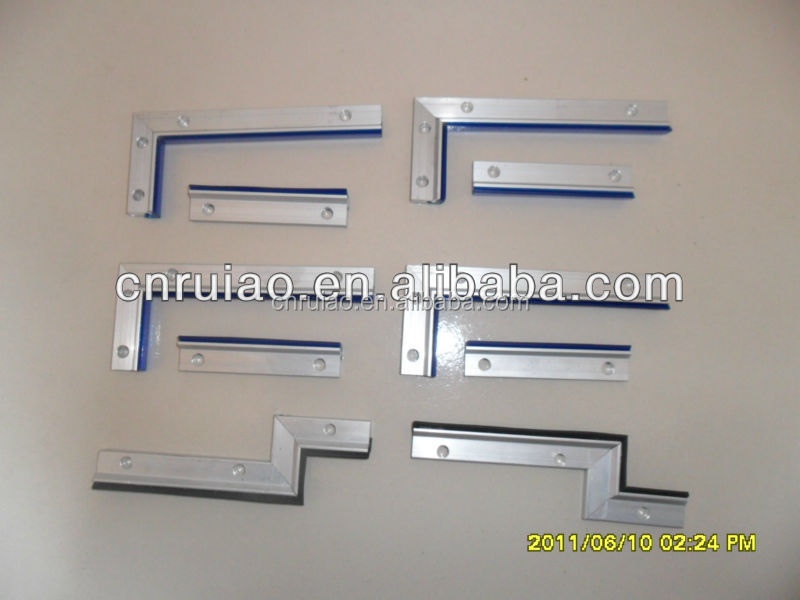Aluminum alloy machine tool way wiper for guide railway