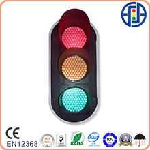 LED traffic singnal lights with lens
