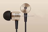 High Quality Headphones Stereo 3.5mm Jack Bass In Ear noise isolating Earphones MP3 MP4 and Android Mobile Phone MIC